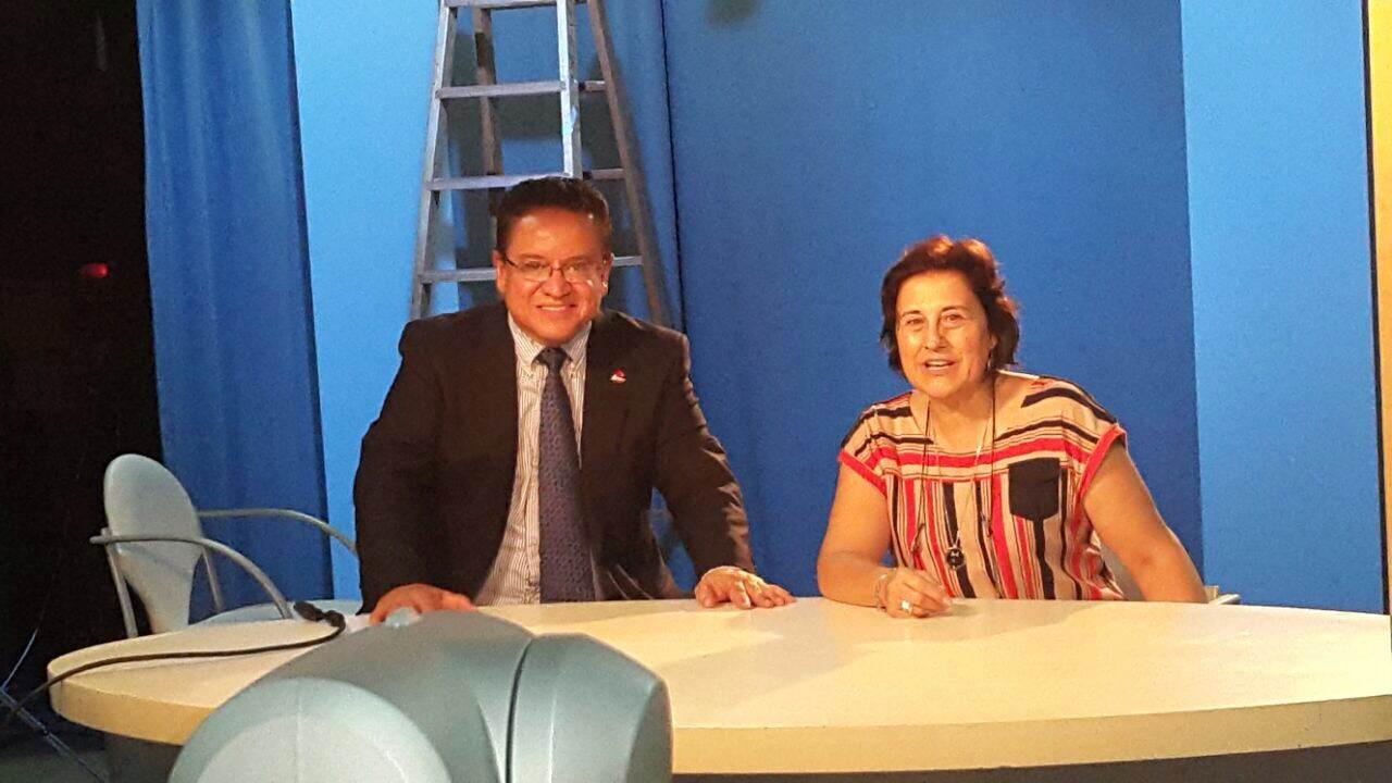 Rector Oscar Leon con Sara Osuna en visita oficial UNED Madrid