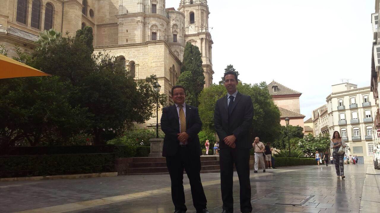 Rector Oscar Leon y Nestor Romero en visita oficial Universidad de Malaga