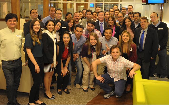 Alumnos de MBA y Maestría en Mercadeo visitan Chile QLU