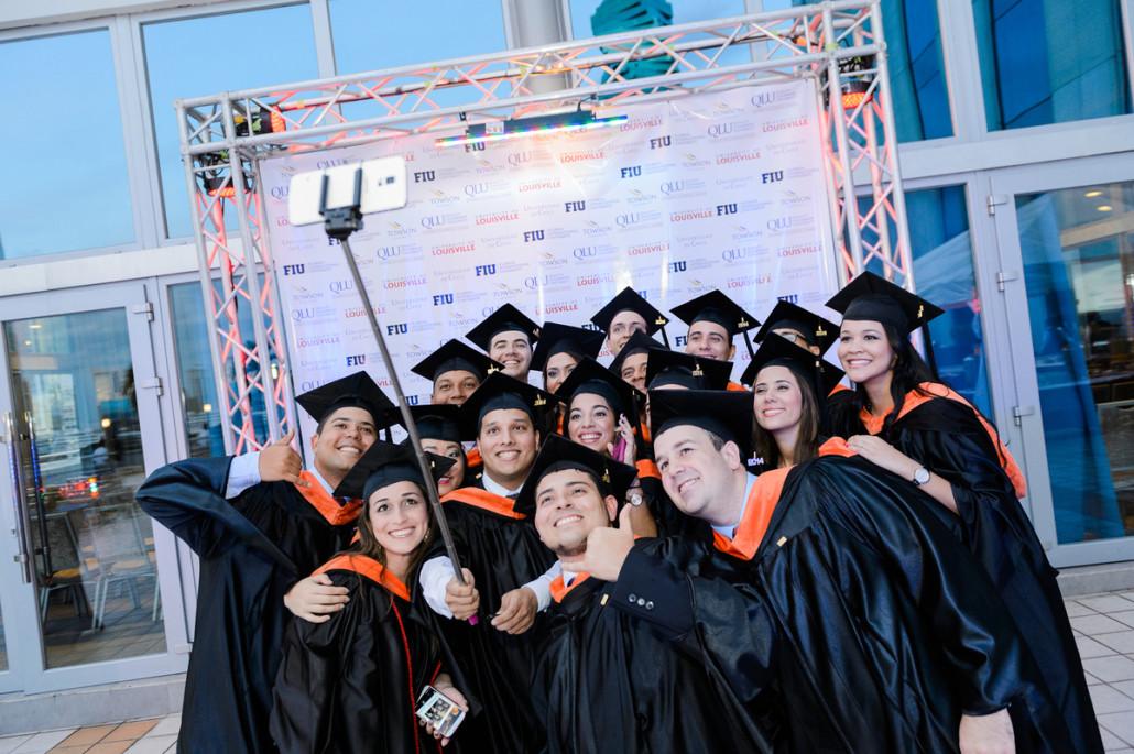 Maestrias en Panama Graducacion MBA FIU en QLU University of Lousiville Panama 6