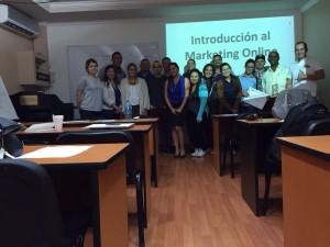 nestor romero y alumnos de secretos del marketing digital university louisville panama