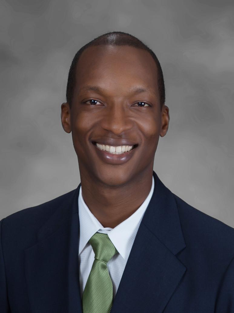 University of Louisville Panama felicita al Ingeniero Alfredo Roac