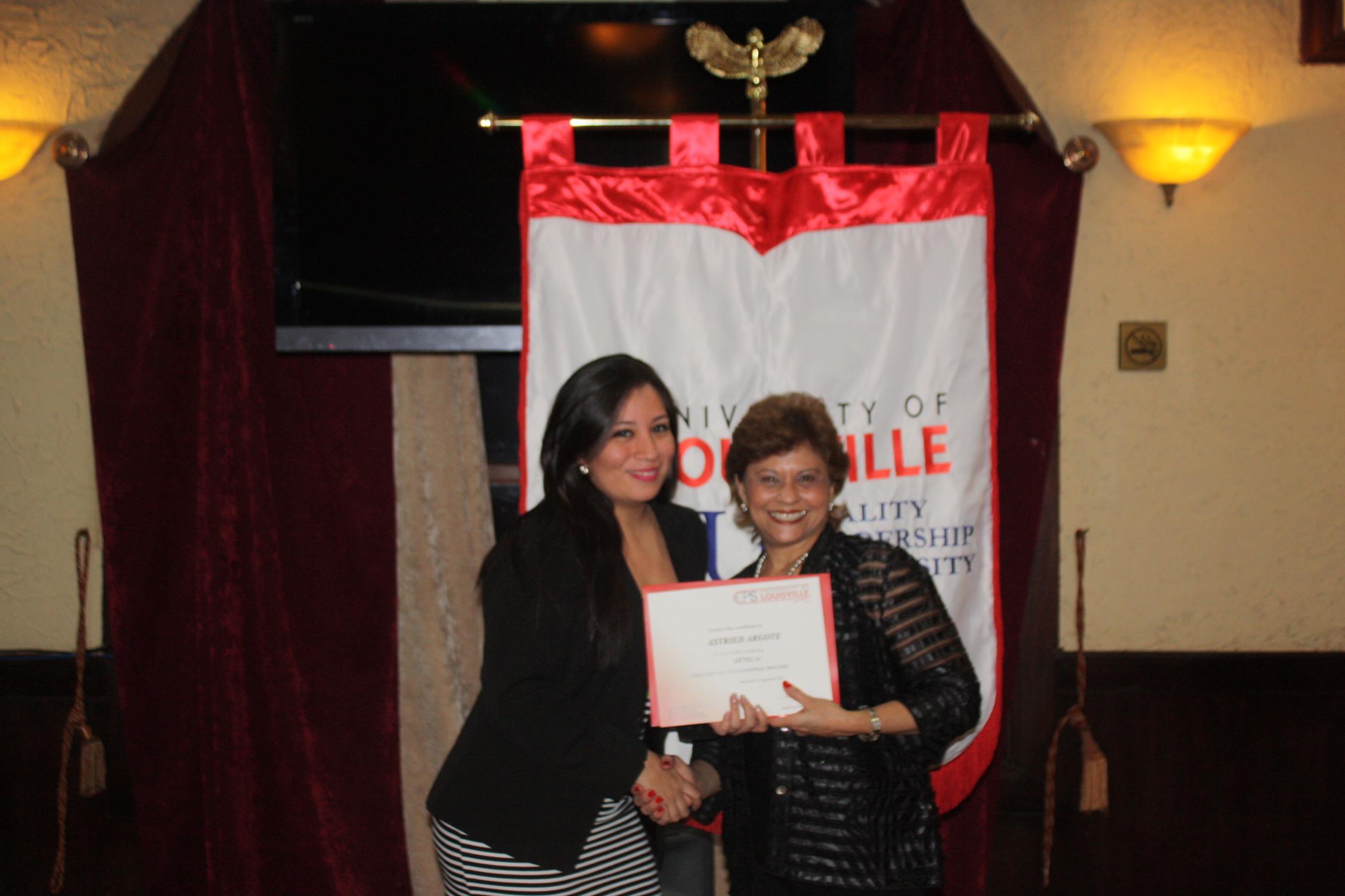 Astried Argote - Cursos de Ingles en Panama University of louisville