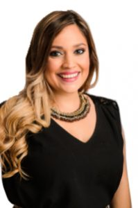 Monica León