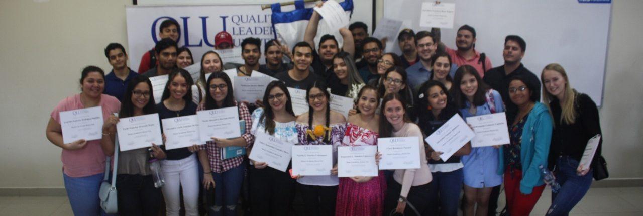 Estudiantes Destacados de QLU